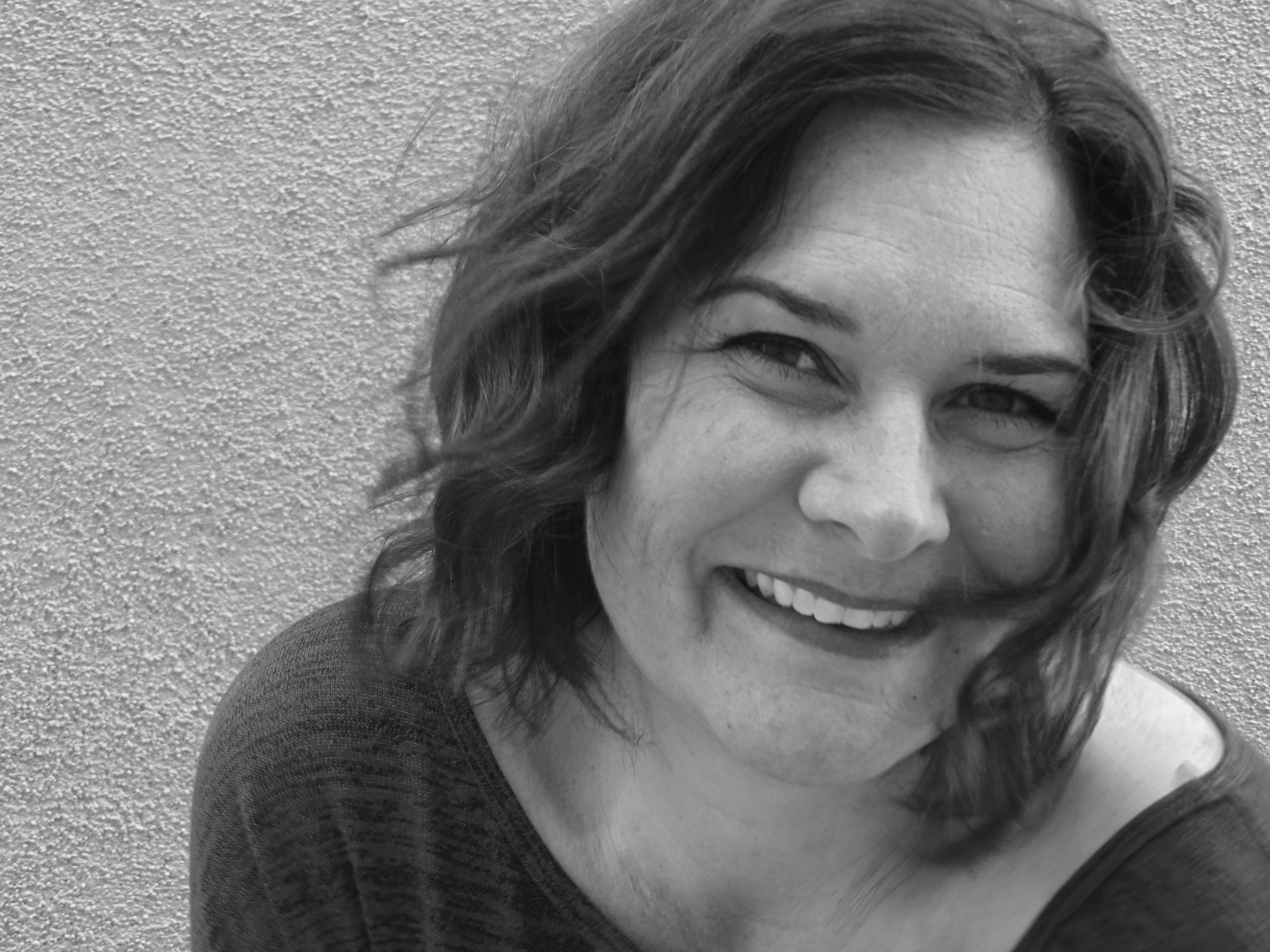 W.O.W.-Writer Odyssey Wednesday with Stephanie Elliot